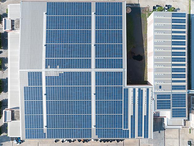 saules-elektrines-verslui-viesajam-sektoriui-copy.jpg