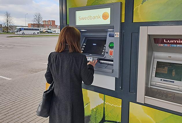 0-bankomatas-copy.jpg