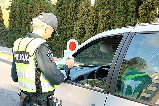 policija-1-copy.jpg